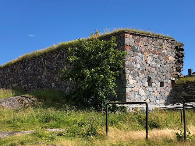Suomenlinnan muuri