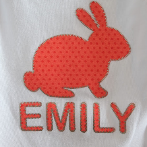 Tutorial for No Sew Applique and HTV using Free Crafter Stitch Embroidery Dingbat Font from Silhouette UK Blog by Nadine Muir