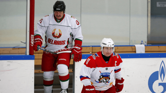 Putin and Lukashenko play hockey during negotiations, Russian President Vladimir Putin and his Belarusian counterpart, Alexander Lukashenko, played hockey in the Russian city of Sochi, at the break of a negotiating session between the two countries.