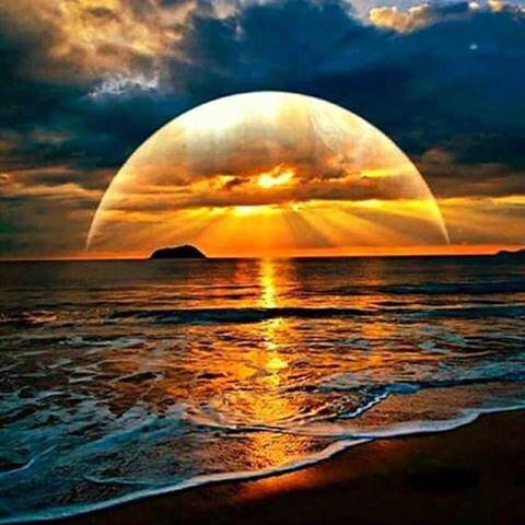No cerne da mente de cada ser humano existe um paraíso ou um inferno...