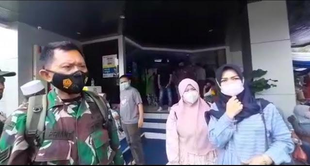 Saldo Tabungan Lenyap, Puluhan Nasabah Gruduk Kantor BRI Cabang Cianjur
