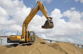 operator-excavator