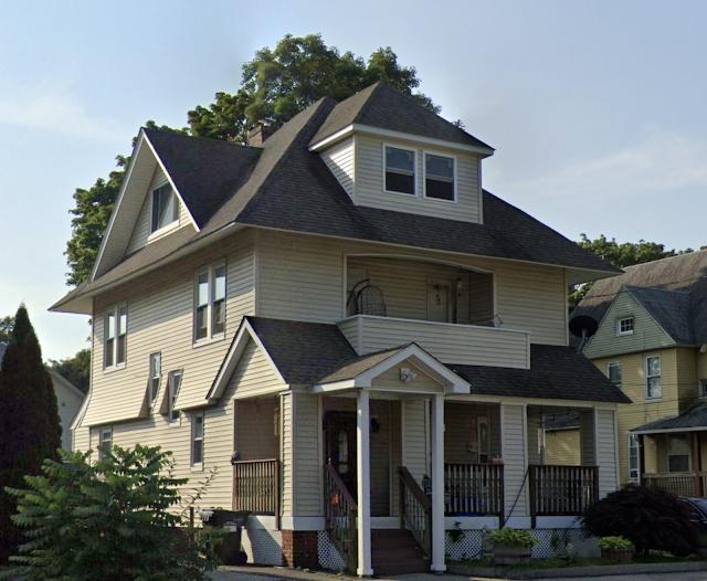 124 W Thames Street, Norwich, Connecticut Sears No 163
