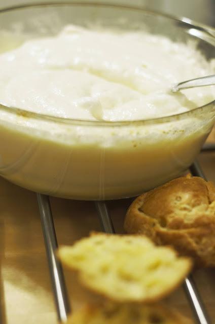 Cum preparati crema de vanilie?