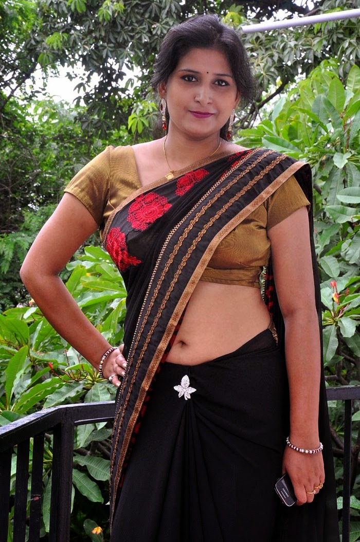 Indian Movie And Tv Serial Hot Aunty Photos - Hd Latest -9267