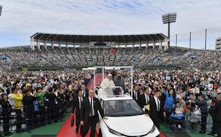 البابا فرنسيس يترأس قداس الأحد في مدينة ناغازاكي اليابانية