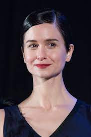 Katherine Waterston Husband, Wiki, Biography and Baby Father: Is She Ever Married?