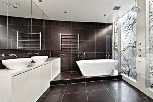 baño decorado con gris