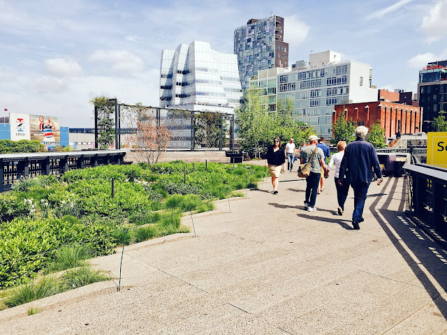 NYC travel guide summer high line chelsea good