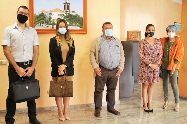 Fuerteventura.- Alcalde recibe a la nueva asociación AREA de empresarios y residentes de Antigua