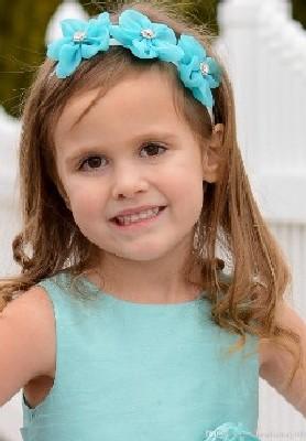 model rambut anak dengan bando