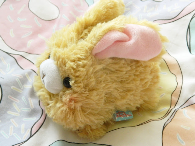 Fuwa Fuwakaro Amuse Plush, Amuse Rabbit Plush,