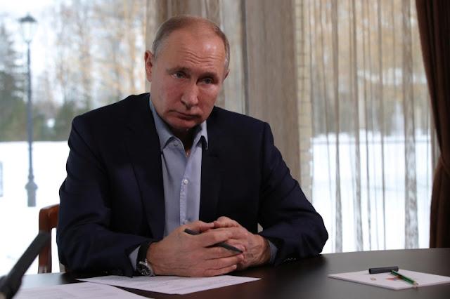 פוטין ווארנט איבער ״אומלעגאלע״ פרא-נאוואלני פראטעסטן געפלאנט דעם זונטאג