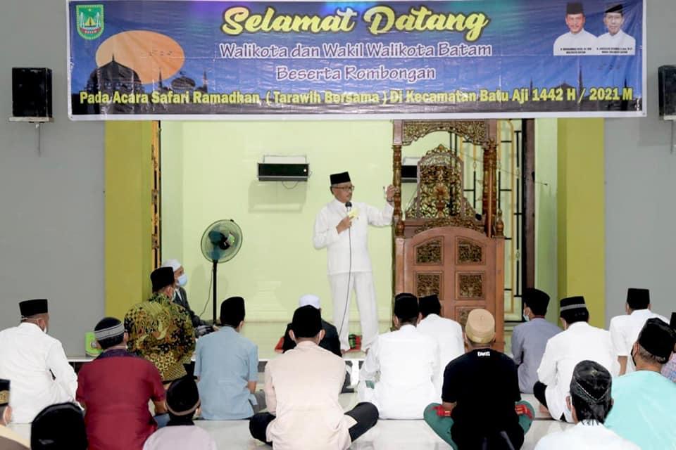 Safari Ramadhan, Jefridin Minta RTRW Hingga Camat Tetap Masifkan Sosialisasi Prokes Pencegahan Covid-19