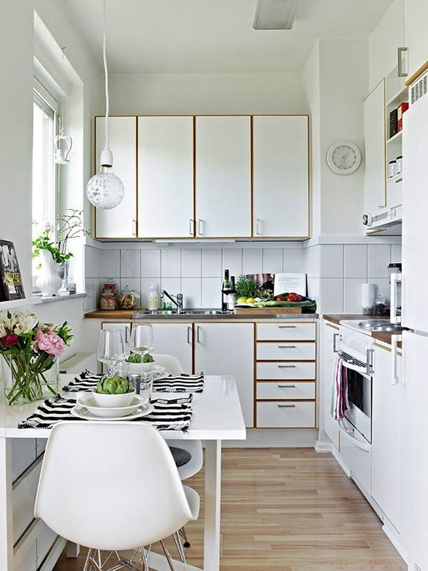 6 Beautiful Small Kitchen Table Ideas   Dream House