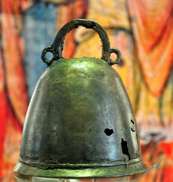 Brno - muzeum - dzwon z Bojny