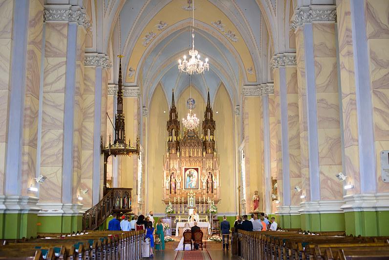 vestuvės Krekenavos Švč. Mergelės Marijos Ėmimo į dangų bazilikoje