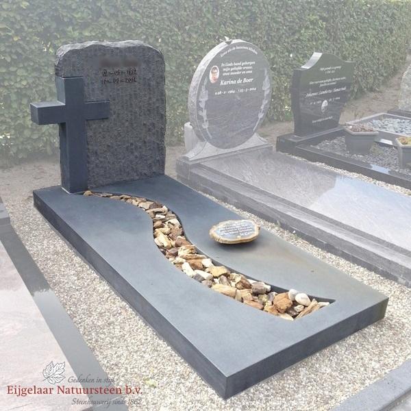 grafsteen kruis, grafmonument kruis
