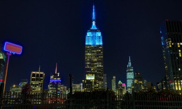 El Empire State celebra el cumpleaños 80 de John Lennon con un signo de paz