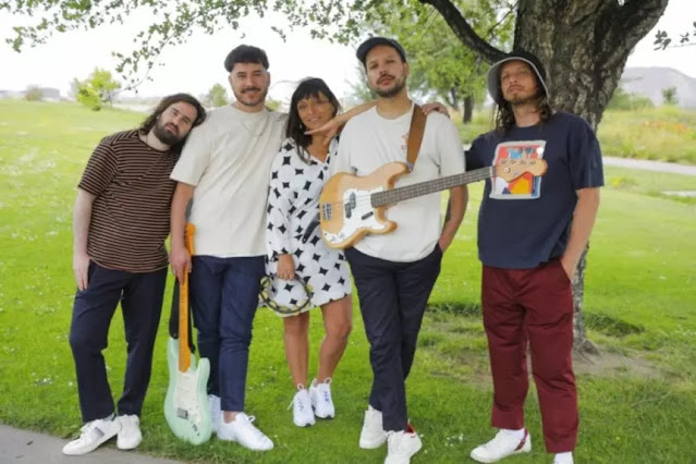 'Tu Isla' reune a la banda Humboldt con Javiera Parra