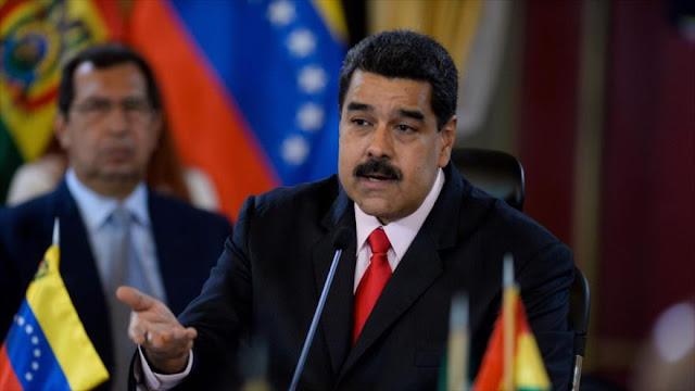 """Maduro lanza sistema de pago para """"liberar"""" a Venezuela del dólar"""
