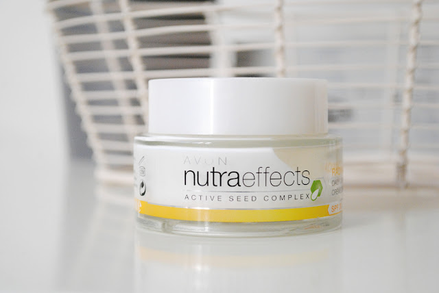 Nutra Effects Radiance od Avon