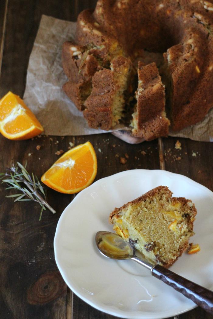 bundt-cake-de-naranja-pasas-y-romero, orange-bundt-cake