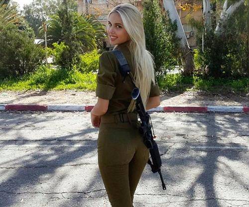 Maria Domark - Mỹ nhân Israel bốc lửa mê Barcelona -2