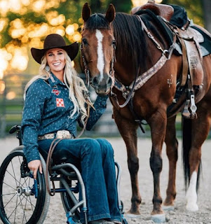 Amberley Snyder in wheel-chair with her horse