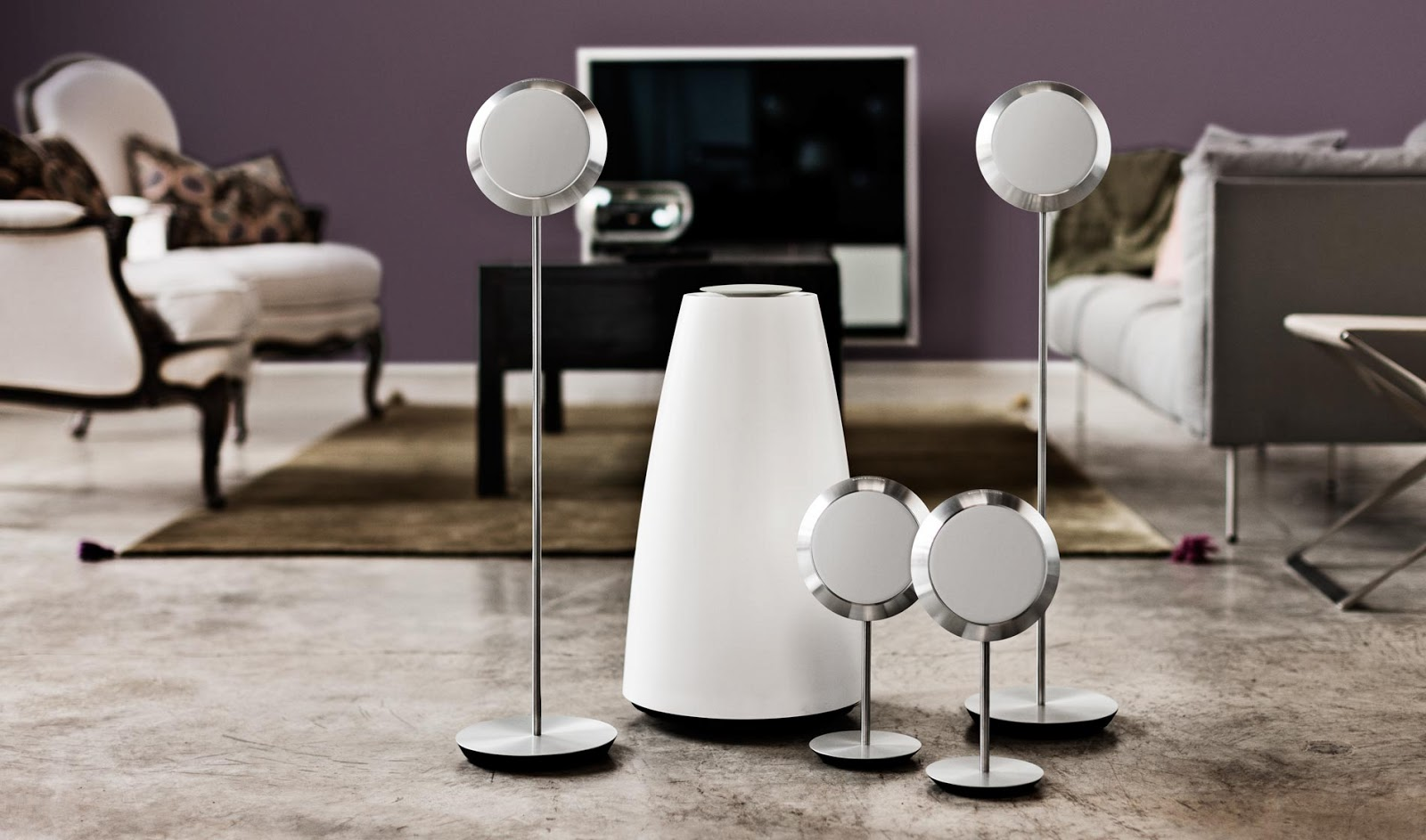 mono and stereo high end audio magazine bang olufsen. Black Bedroom Furniture Sets. Home Design Ideas