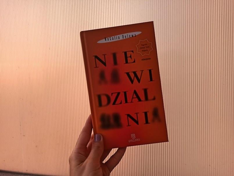 """""""Niewidzialni"""" - Natalia Delewa"""