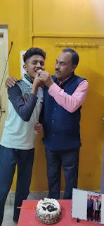 दिघवरा के नैनिहाल ने किया कमाल,अक्षित उज्जैन ने इंटरमीडिएट में लाया प्रथम स्थान,