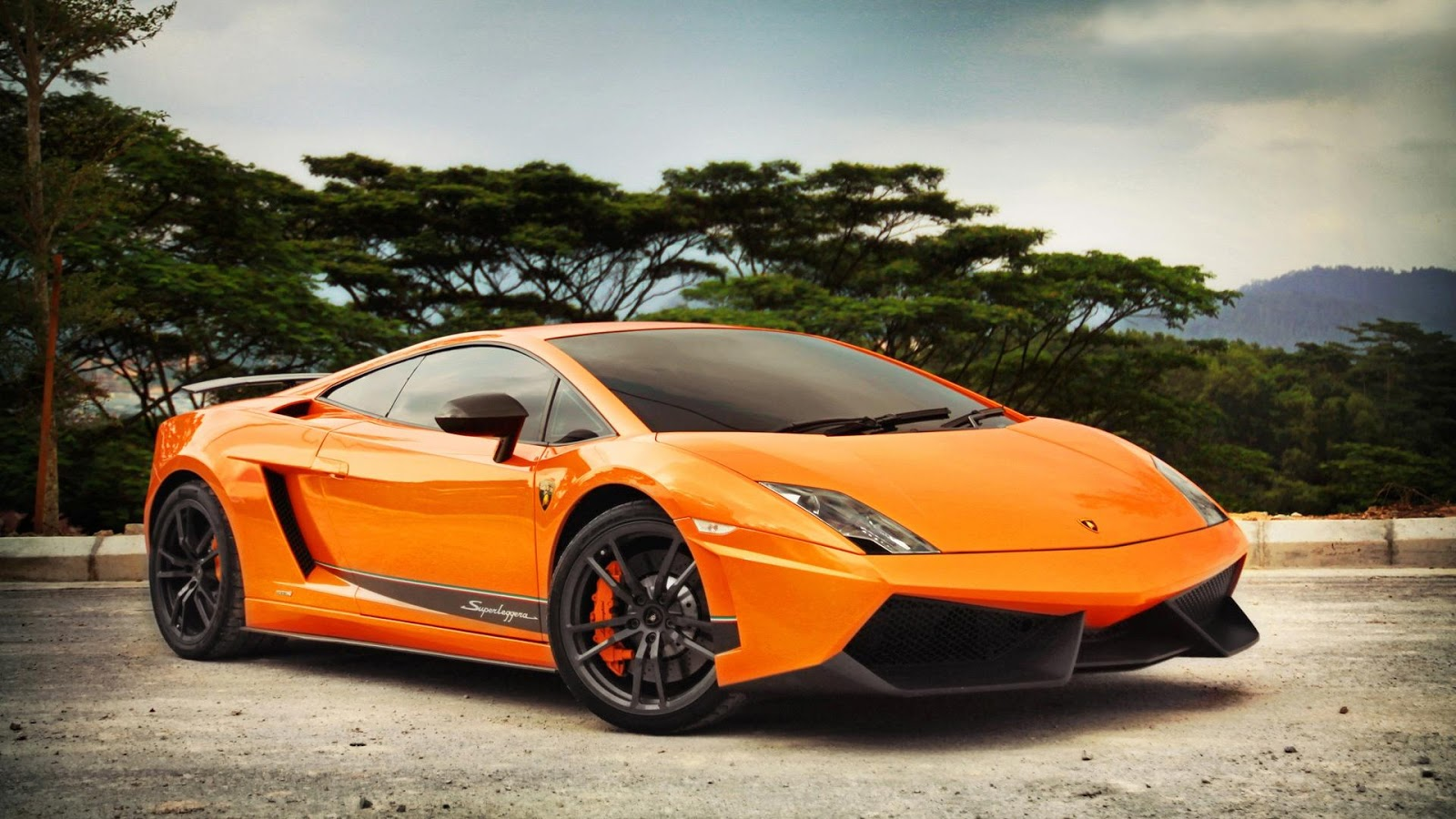 Gallardo Wallpaper