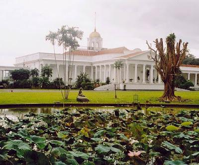 istana bogor yang layak dijadikan tempat wisata