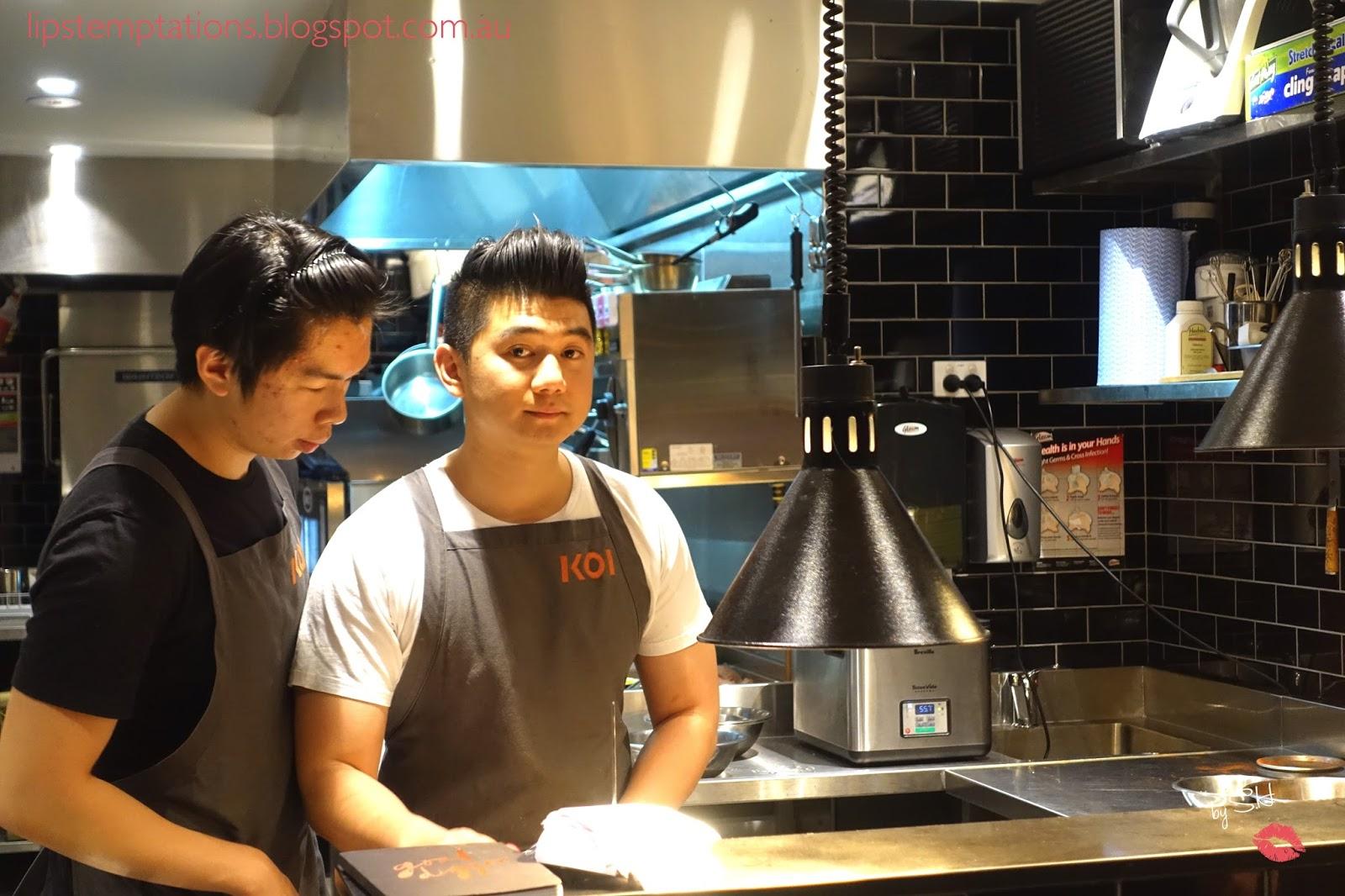 Chef Arnold saat berada di dapur KOI