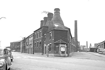 Bottle Ovens Burslem Top of Scotia Rd unknown date
