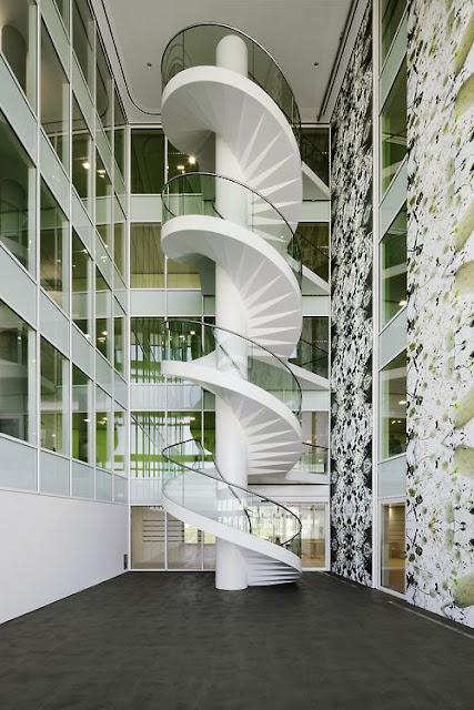 semi spiral staircase design