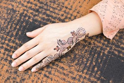 Bahaya-henna-dan-cara-aman-menggunakannya