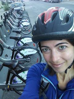 Cycliste casque de vélo bicyclette BIXI