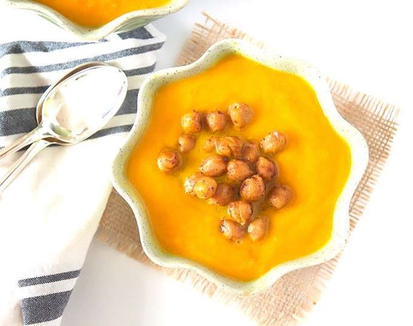 Sopa De Zanahoria Con Jengibre Cúrcuma Y Garbanzos