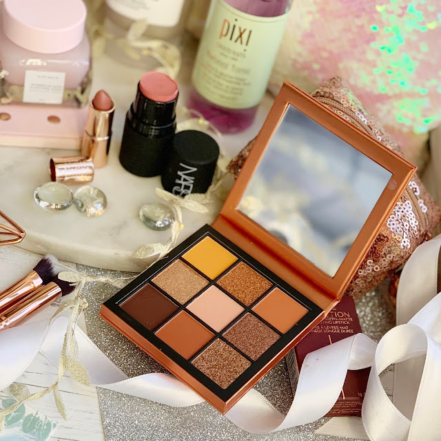 cult-beauty-box-2019-huda-beauty-topaz-obsessions-review