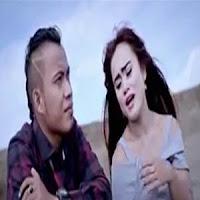 Lirik dan Terjemahan Lagu Andra Respati - Palabuhan Hati Feat Putri Livana