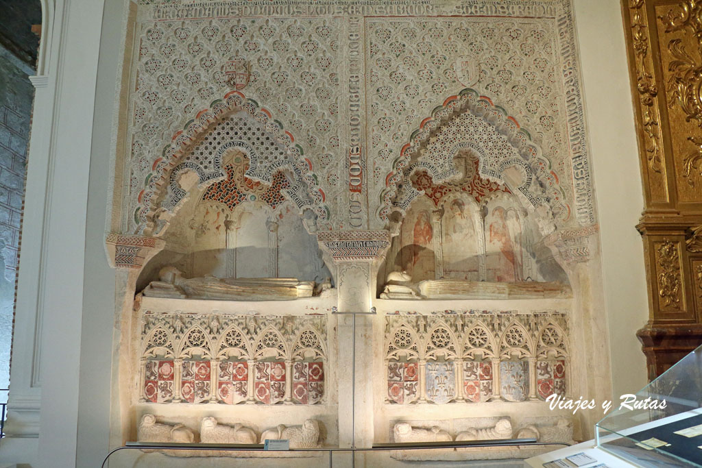 Sepulcros de la Iglesia de San Esteban, Cuéllar