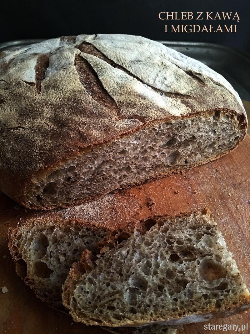 Chleb z kawą i migdałami - grudniowa piekarnia