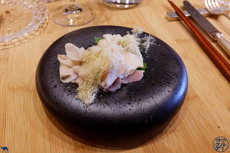 Le Chameau Bleu - Blog Gastronomie et Voyage   - Carpaccio de veau du  Restaurant Gastronomique Chef Japonais à Paris Toyo