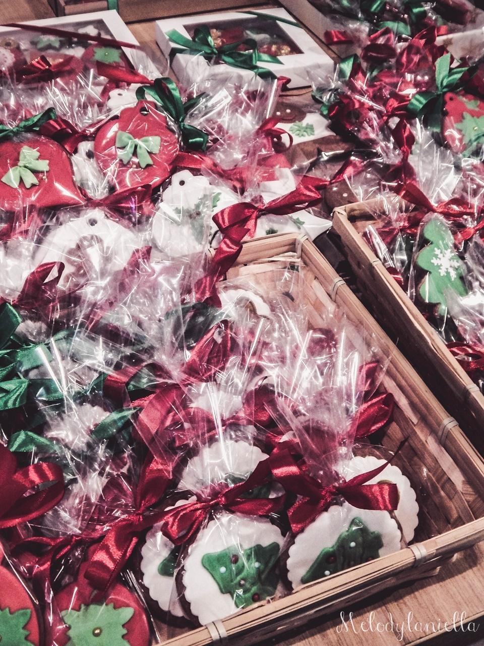 3  nietypowy jarmark świąteczny piotrkowska 217 co dzieje się w łodzi dwukropek ogrody zofii bożonarodzeniowy jarmark targ świąteczny świat z lukru pierniki świąteczne łódź biżuteria handmade piando zigner
