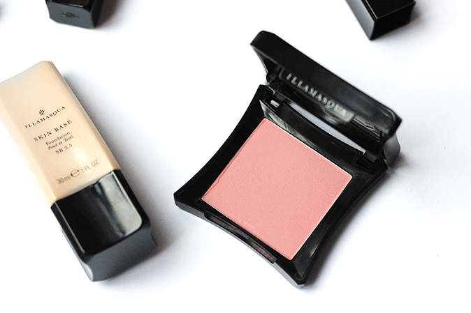 A photo of Illamasqua skin base foundation and Illamasqua powder blush in naked rose
