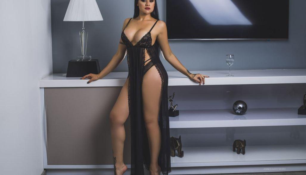 AnneBarrymore Model GlamourCams