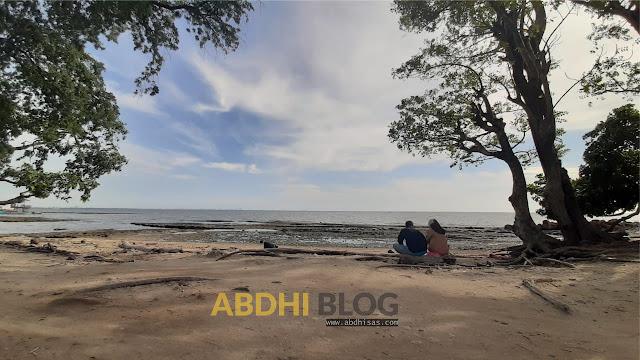 Senja Romantis di Pantau Kuri Caddi Maros