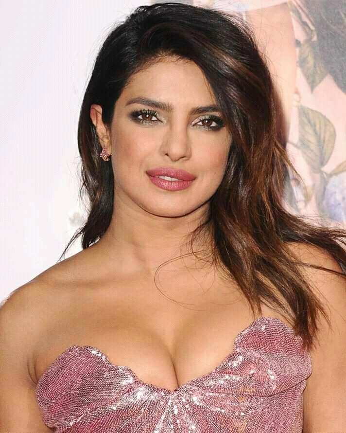 Priyanka Chopra Full Biography Height Wight Age Husband